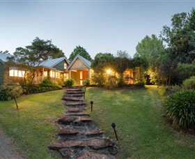 Mt Glorious Getaway Cottages and Conference Centre - New South Wales Tourism