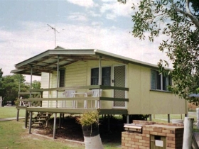 Cosy Cottages Amity Point - New South Wales Tourism