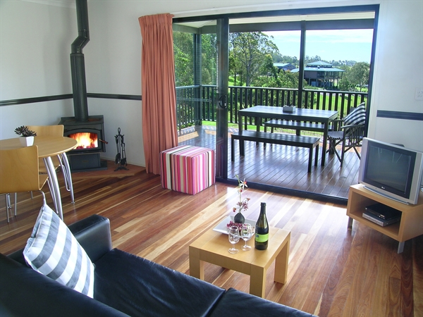 Ocean View Estate Accommodation - New South Wales Tourism