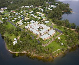 Tinaroo Lake Resort