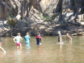 Murphys Creek Escape - New South Wales Tourism