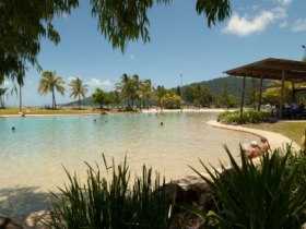 Whitsunday On The Beach - New South Wales Tourism
