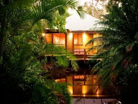 Hunchy Hideaway - New South Wales Tourism