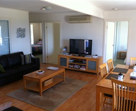 Azure Beach House - New South Wales Tourism