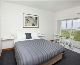 Hotel Bruny - New South Wales Tourism