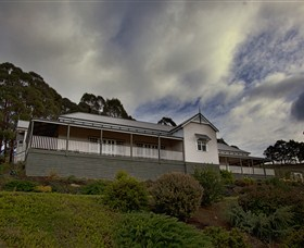 House on the Hill Bed and Breakfast - New South Wales Tourism