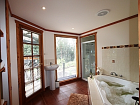 Love Grove Guest House - New South Wales Tourism