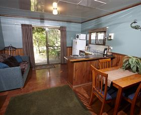 Crayfish Creek Van and Cabin Park and Spa Treehouse - New South Wales Tourism