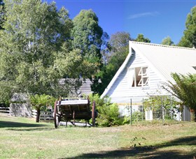 Hide-Away Cottage Retreat - New South Wales Tourism