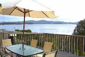 Waterfront on Georges Bay - New South Wales Tourism