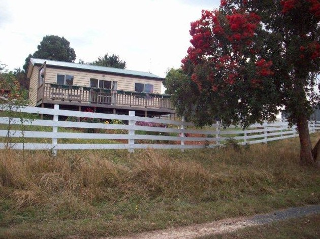Demeter Farm Cabin - New South Wales Tourism