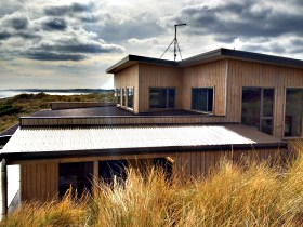 King Island Breaks - Porky's Beach House - New South Wales Tourism