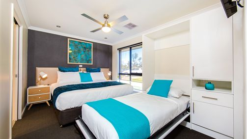 Howlong Country Golf Club  Motel - New South Wales Tourism