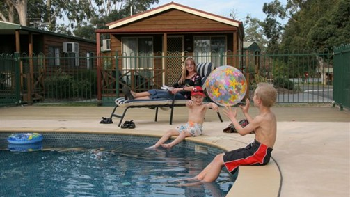 Lake Fyans Holiday Park - New South Wales Tourism
