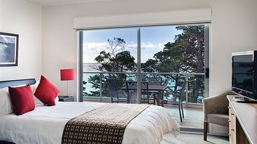 The Waves Apartments - New South Wales Tourism