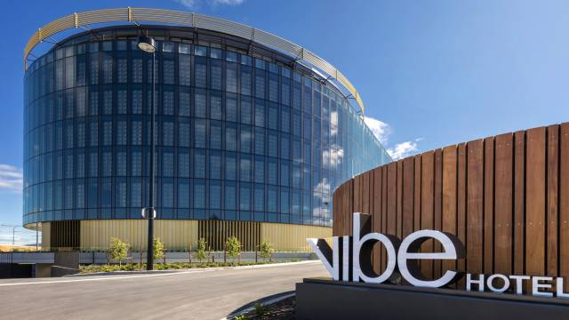 Vibe Hotel Canberra - New South Wales Tourism