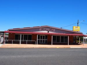Railway Hotel Condobolin - New South Wales Tourism