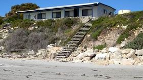 Cables Beachfront Holiday House - New South Wales Tourism
