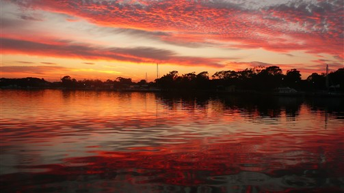 Gippsland Lakes Escapes - New South Wales Tourism