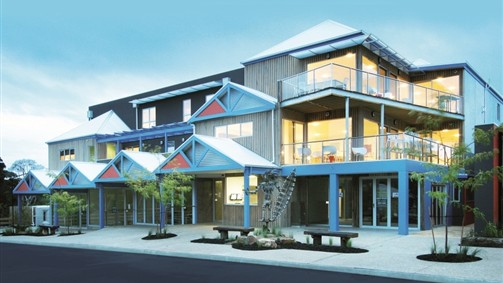 The Island Accommodation - Phillip Island YHA - New South Wales Tourism