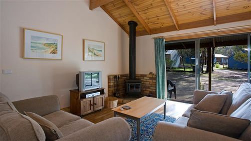 Surf Coast Cabins in Aireys Inlet - New South Wales Tourism