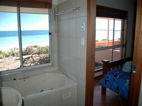 Ceduna Shelly Beach Caravan Park and Beachfront Villas - New South Wales Tourism