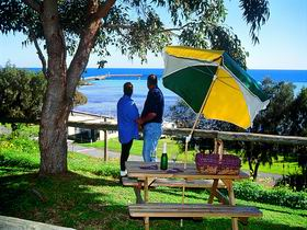 Moonta Bay Caravan Park Cabins - New South Wales Tourism
