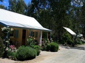 Riesling Trail Cottages - New South Wales Tourism