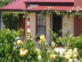 Wine And Roses Bed And Breakfast - New South Wales Tourism