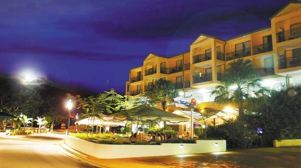 Airlie Beach Hotel - New South Wales Tourism