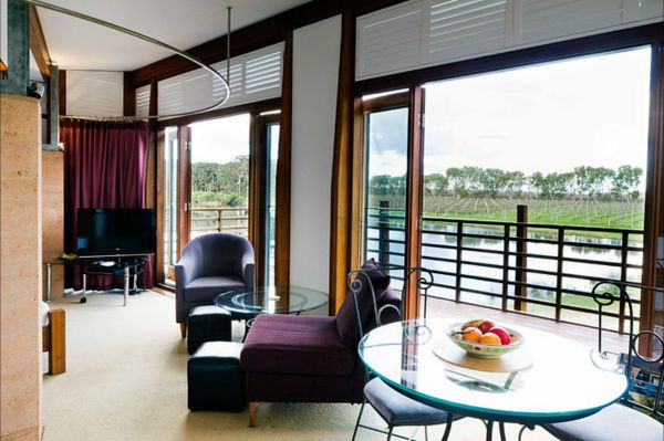Bettenay's Lakeside Chalets and Luxury Spa Apartment - New South Wales Tourism