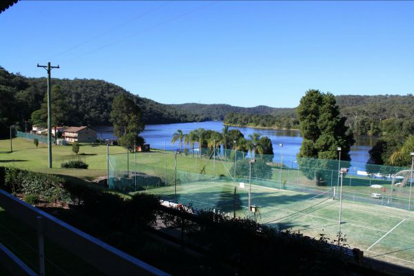 Juniors on Hawkesbury - New South Wales Tourism