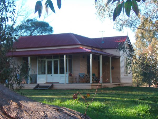 Baranduda Homestead BB Cottages - New South Wales Tourism