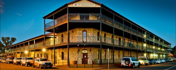 The Esplanade Hotel - New South Wales Tourism