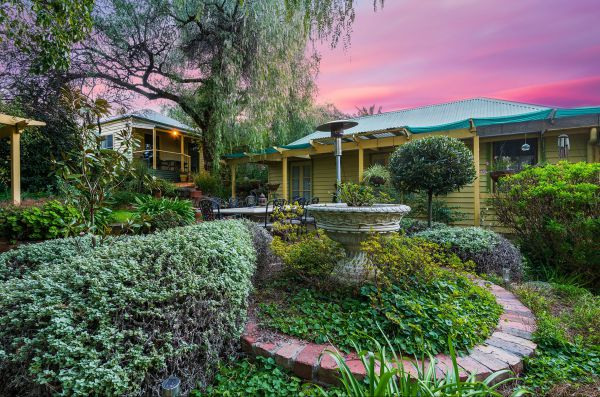 Bendigo Cottages Bed and Breakfast - New South Wales Tourism