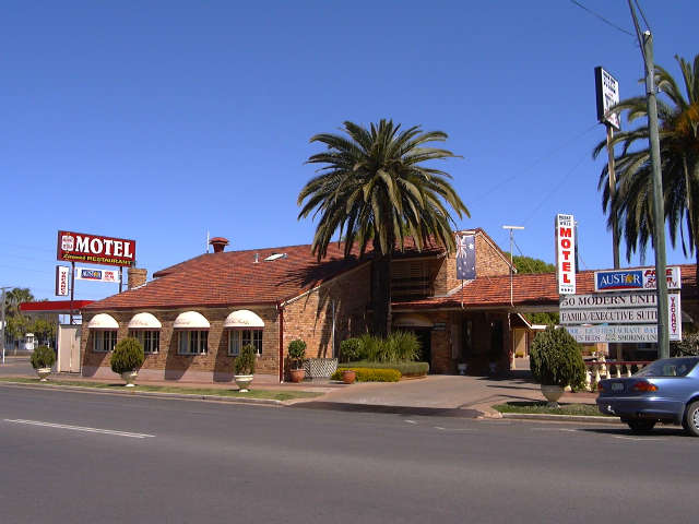 Burke  Wills Motor Inn - New South Wales Tourism