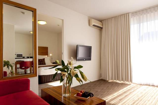 Cambridge Hotel Sydney - New South Wales Tourism