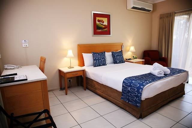 Cascade Motel In Townsville - New South Wales Tourism