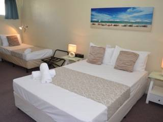 Chaparral Motel - New South Wales Tourism