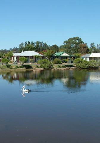 Coachhouse Marina Resort - New South Wales Tourism