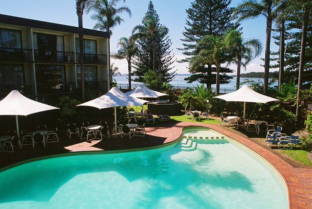El Lago Waters Resort - New South Wales Tourism