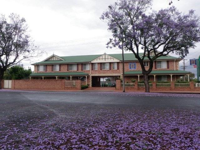 Endeavour Court Motor Inn - New South Wales Tourism