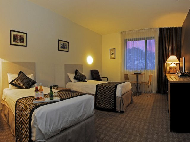 Golden Pebble Hotel - New South Wales Tourism