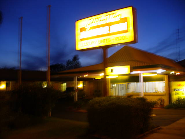 Golden West Motor Inn - New South Wales Tourism
