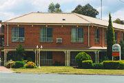 Hamiltons Townhouse Motel - New South Wales Tourism