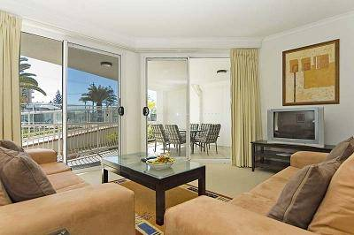 Kirra Beach Apartments - New South Wales Tourism