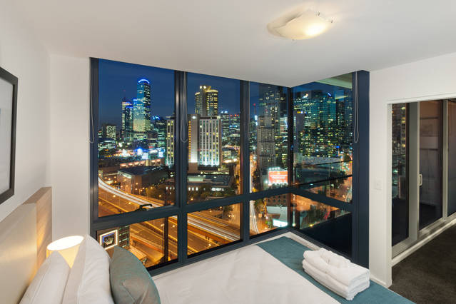 Melbourne Short Stay Apartments - MP Deluxe - New South Wales Tourism