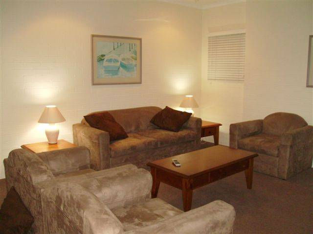 Mollymook Cove Apartments - New South Wales Tourism