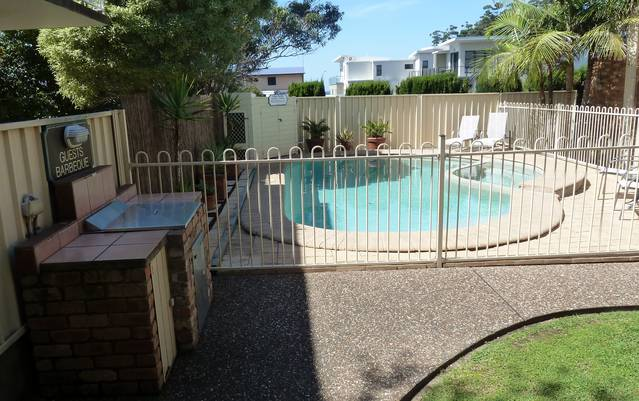 Mollymook Surfbeach Motel and Apartments - New South Wales Tourism