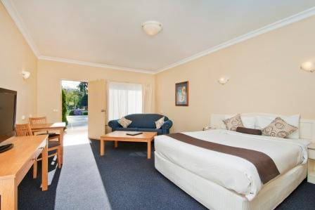 Nagambie Waterfront Motel - New South Wales Tourism